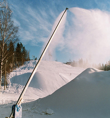 Mid-Energy Snow Guns